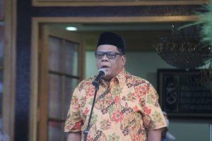 Bupati Fakfak DR Mohammad Uswanas, M.Si ft rustam/mataradarindonesia.com